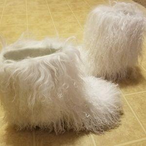 UGG MOMMA CLASSIC MONGOLIAN SHEEPSKIN WHITE BOOTS